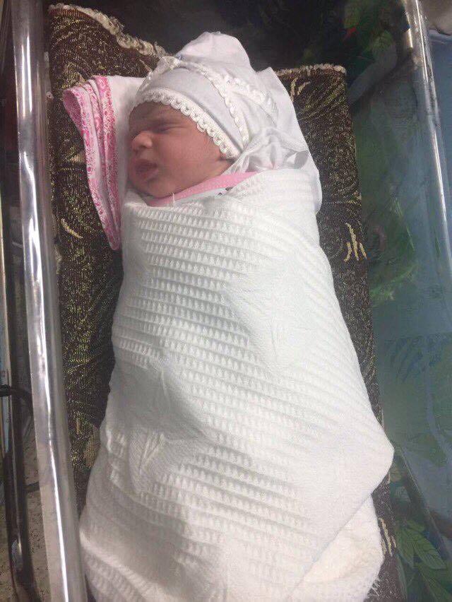 ولادة طفل في المعهد